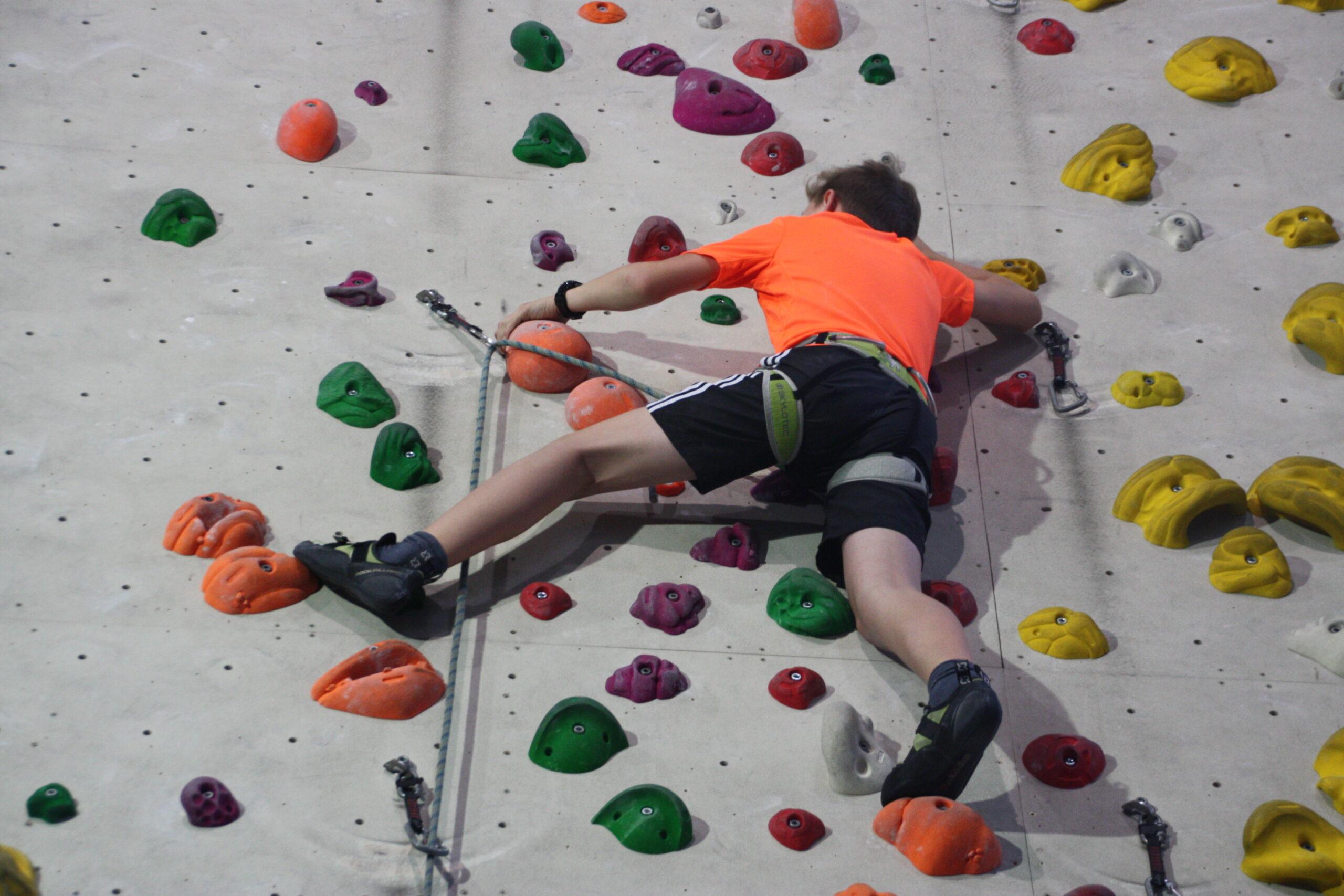 Neuer Kletter-/Boulderkurs für Jugendliche